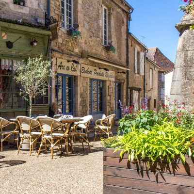 Cafe in the Dordogne