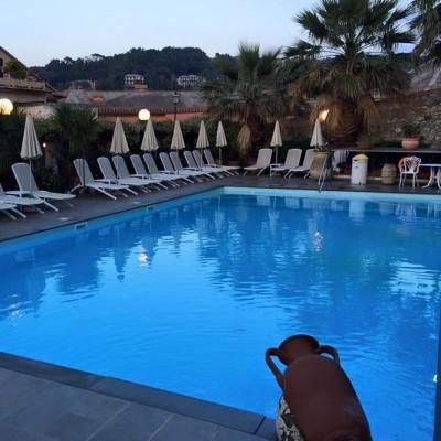 Pool at Hotel 2 Mari