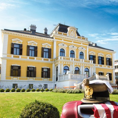 VILLA SEILERN , BAD ISCHL (4 STAR)