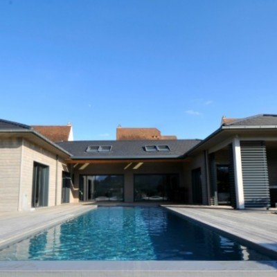 Le Clos St Exupery - pool and terrace