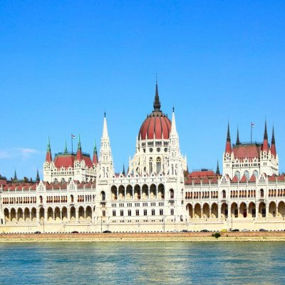 Cycling along the Danube from Vienna to Budapest