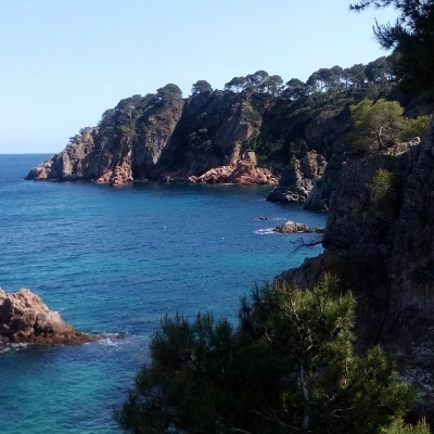 Contrasts of Catalunya Cycling - Short Break